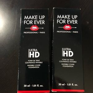 Brand new set of 2 Makeup Forever R260 Hd makeup